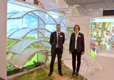 Jens Schafer Gisela Rauen with FVG Professional Gardening, showing various greenhouse foils.