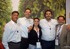 Danny Fernandex (VoloAgri), John Davis (Axia Vegetable Seeds), Sheranie Nather (Axia Vegetable Seeds), Cees Kortekaas (Axia Vegetable Seeds) en Fernando Rullan (VoloAgri).
