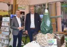 Marinus Schuurbiers and Wilhelm Vervat of Agro de Arend with their new Lite-NET made of 100% biodegradable material.